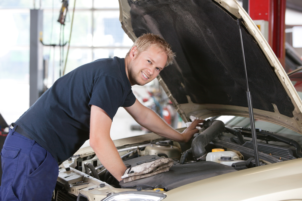 Auto Repair Shop In Canyon Crest CA