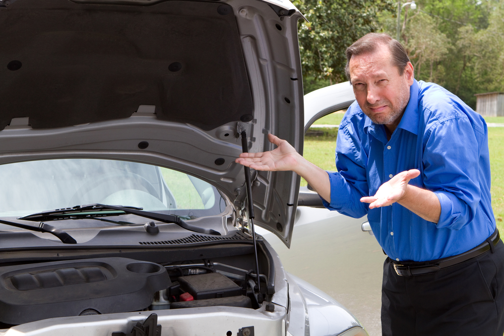 How Often Should I Check My Oil? | Auto Repair Riverside CA 92502
